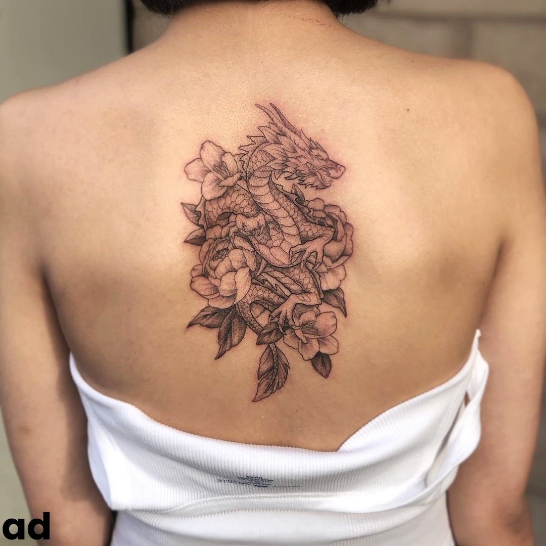 Appealing Spine Tattoos to Try this Summer for a Fashionable Look