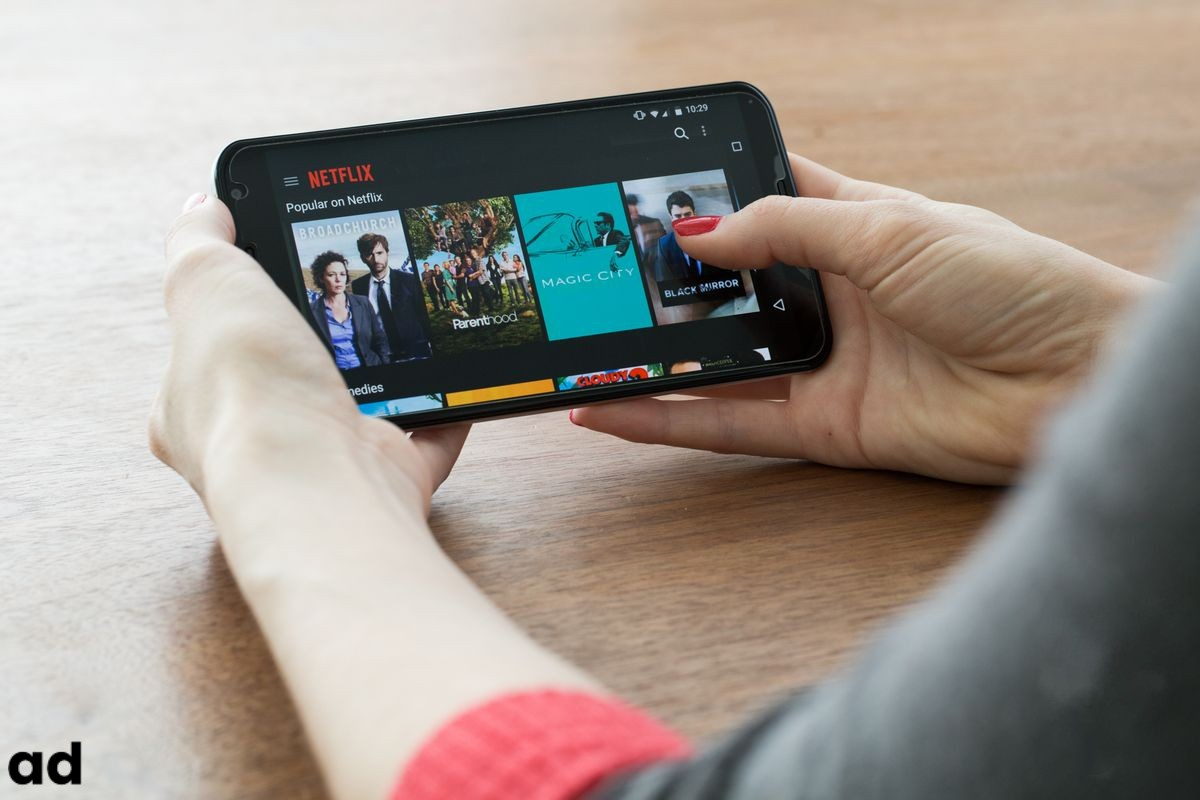 Best-Apps-To-Watch-Stream-Movies-Online-On-Android-iOS-2021